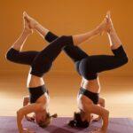 Guide Of Yoga Poses Met 2 Photos