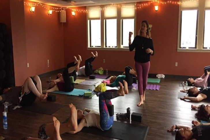 must know yoga moves stoneham picture
