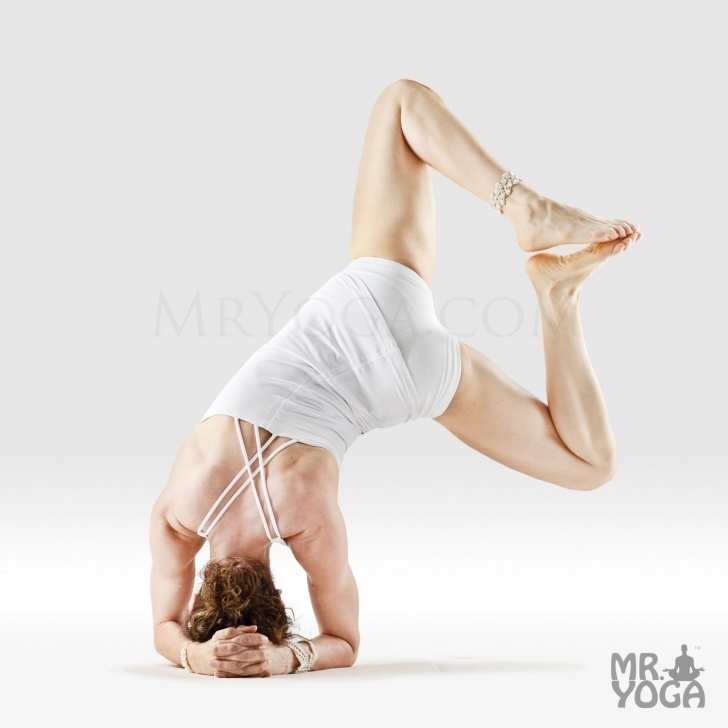 must know yoga poses headstand world record photo