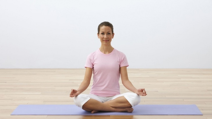 must know yoga poses sitting images