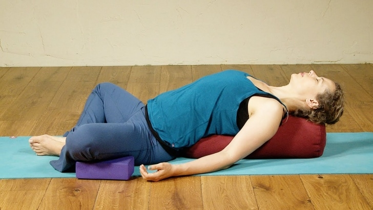 popular yoga poses relaxing images
